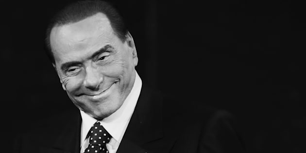 MILAN, ITALY - NOVEMBER 26:  (EDITORS NOTE: This image has been converted in black and white) Silvio Berlusconi attends 'Che Tempo Che Fa' Tv Show on November 26, 2017 in Milan, Italy.  (Photo by Stefania D'Alessandro/Getty Images)