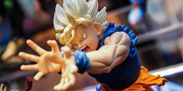 Una figura del personaje Goku.
