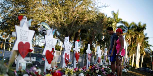 Strage Florida, protesta contro le armi davanti alla Casa Bianca