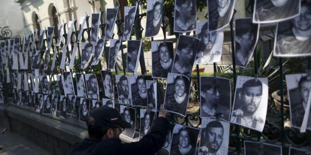 Durante el mandato del presidente Enrique Peña Nieto, iniciado en diciembre de 2012, 42 periodistas han sido asesinados y se han registrado cerca de 2 mil agresiones a reporteros, de acuerdo con Artículo 19.