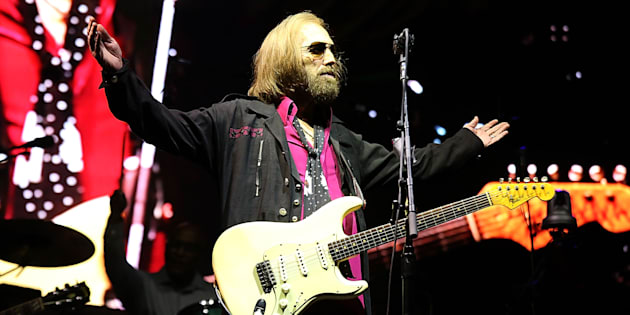 DEL MAR, CALIFORNIA - SEPTEMBER 17:  Tom Petty performs in concert on the third day of KAABOO Del Mar on September 17, 2017 in Del Mar, California.