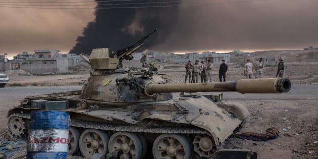 Des soldats irakiens à proximité de Mossoul, le 19 octobre 2016