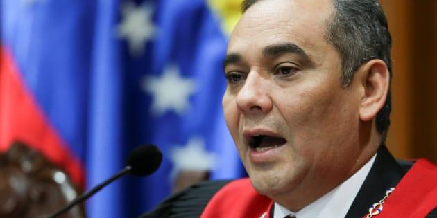 El presidente de la Corte Suprema de Venezuela, Maikel Moreno, habla durante una conferencia de prensa ante la Corte Suprema de Justicia (TSJ) en Caracas, Venezuela, el 1 de abril de 2017.