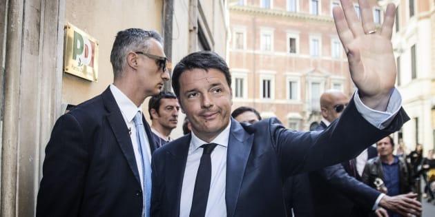 Renzi presenta nuova segreteria Pd:12 in squadra,25 dipartimenti