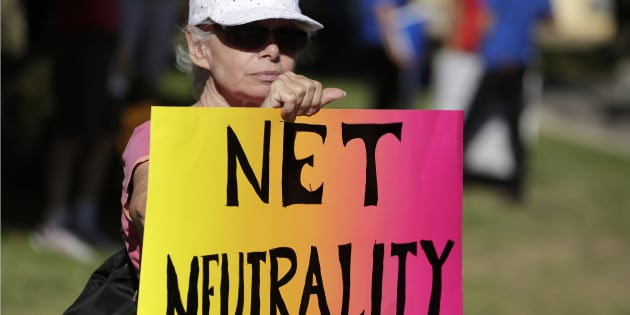 "Trump cancella la ""net neutrality"" di Obama: in America internet a due velocità, favoriti i potenti"