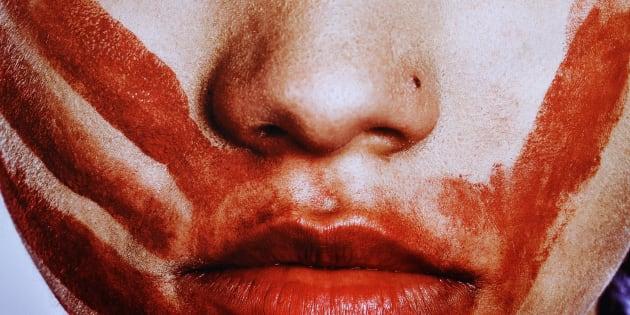 Na Baixada Fluminense, no Rio de Janeiro, umamenina de 12 anosfoi vítima de um estupro coletivo.