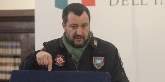 Caccia a 30 terroristi latitanti: il dossier sul tavolo del ministro Salvini