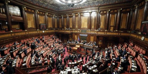 Teleborsa: Vitalizi, OK del Senato a delibera sui tagli
