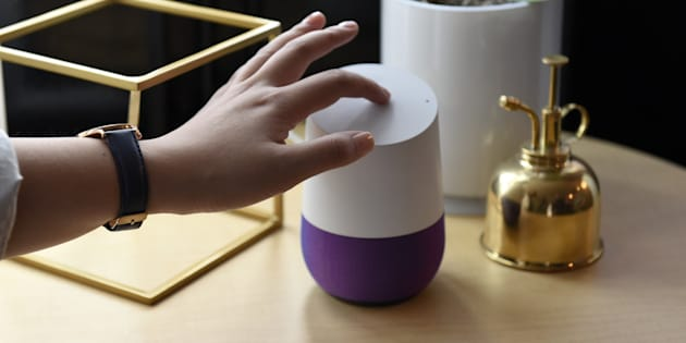 The HuffPost Canada Splash news briefing is now available on Google Home smart speakers.