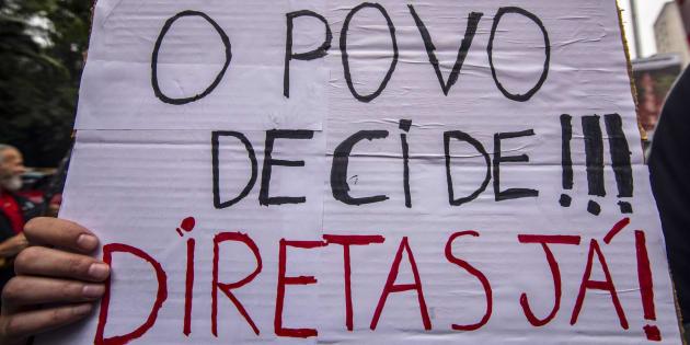 Manifestação em São Paulo pede saída do presidente Michel Temer e convocação de eleições diretas.
