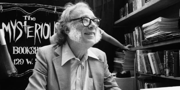 Isaac Asimov, deux mois après avoir publié ses prédictions pour 2019, en février 1984.