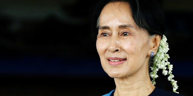 Aung San Suu Kyi smiles after a meeting with Norway's Foreign Minister Borge Brende (not in picture) at Myanmar's Foreign Ministry in Naypyitaw, Myanmar July 6, 2017.