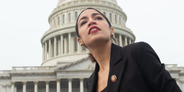 Alexandria Ocasio-Cortez débarque au Congrès avec une proposition qui fait trembler les plus riches