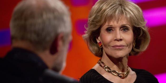 Jane Fonda incentiva mulheres a falarem sobre seus abusos.