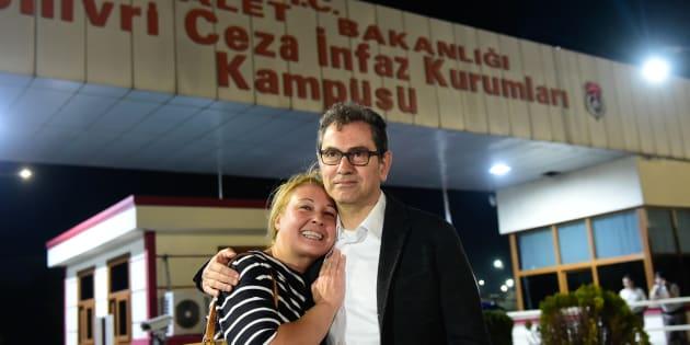 Kadri Gursel è libero ma restano in carcere l