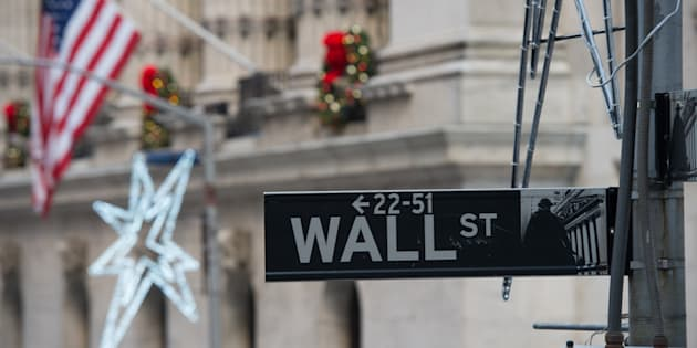Dal mondo/Usa, crolla Wall Street: Dow Jones -4,62%.