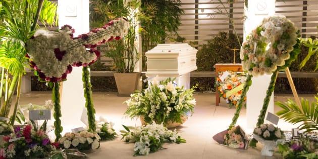 À Saint-Barthélémy, un enterrement simple pour Johnny Hallyday, loin du faste de l'hommage populaire