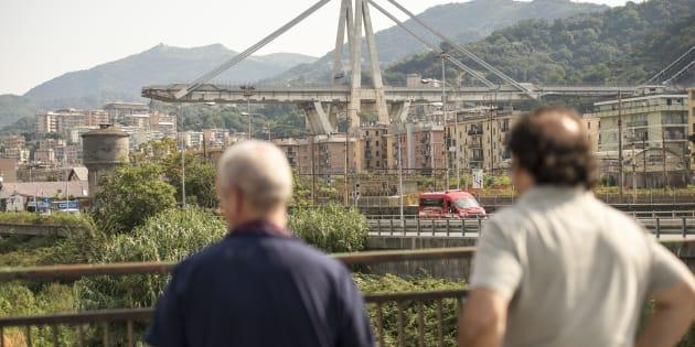 A Genova è morta anche la (seconda) Repubblica