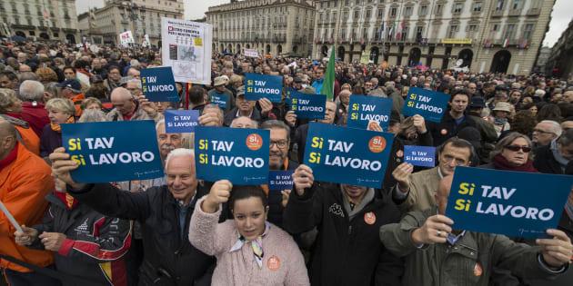 Torino, la piazza, il Tav: chi vince?