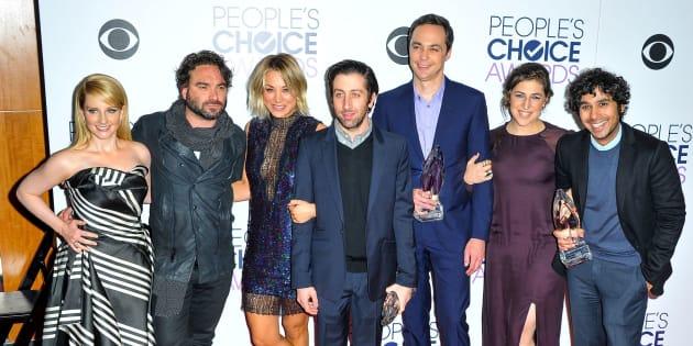 "Melissa Rauch, Johnny Galecki, Kaley Cuoco, Simon Helberg, Jim Parsons, Mayim Bialik and Kunal Nayyar of ""The Big Bang Theory"" are reportedly seeking to closetheir salarygap a bit."