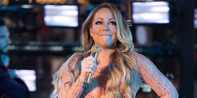 NEW YORK, NY - DECEMBER 31:  Singer Mariah Carey performs during New Year's Eve 2017 in Times Square on December 31, 2016 in New York City.  (Photo by Noam Galai/FilmMagic)