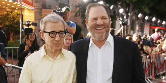 """Woody Allen, director of the new film """"Vicky Cristina Barcelona"""", poses with Harvey Weinstein, co-chairman of The Weinstein Co., at the film's premiere in Los Angeles August 4, 2008"""