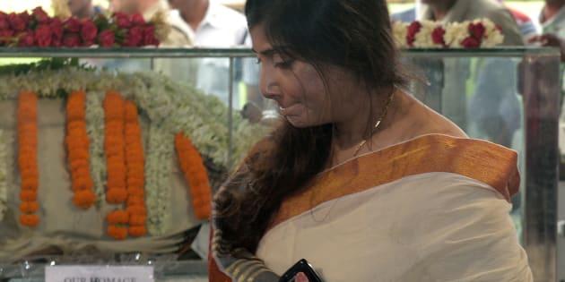 Vaishali Dalmiya (R), daughter of the late president of the Board of Control for Cricket in India (BCCI) Jagmohan Dalmiya.