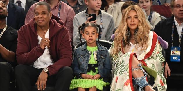Jay Z, Blue Ivy Carter et Beyoncé Knowles lors du NBA All-Star Game dimanche 19 février.