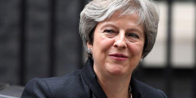 La 'premier' británica Theresa May, a su llegada al 10 de Downing Street, Londres, este lunes.