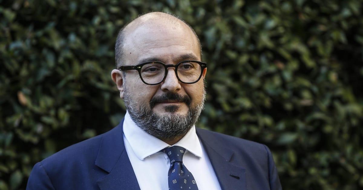 """Il direttore del Tg2 Sangiuliano: """"Il Partito del Politicamente Corretto vorrebbe mandarmi i gendarmi in redazione. Li faccio impazzire"""""""