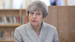 Theresa May, 10 voti per 30