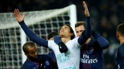 Cet hommage de Cavani lors de PSG-Angers valait bien un carton