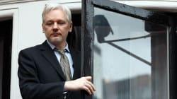 Cadono le accuse di stupro contro Julian Assange. Ma resta