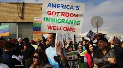 4 'apps' que prometen facilitar la vida de los inmigrantes en