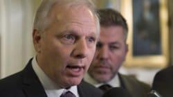 «Montréal fait partie du Québec», répond Lisée à
