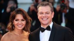 Matt Damon et sa femme en amoureux sur le tapis