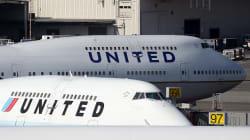 United Airlines refoule plusieurs adolescentes à cause d'un legging et provoque un