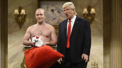 'SNL's' Shirtless Putin Pays Trump A Christmas