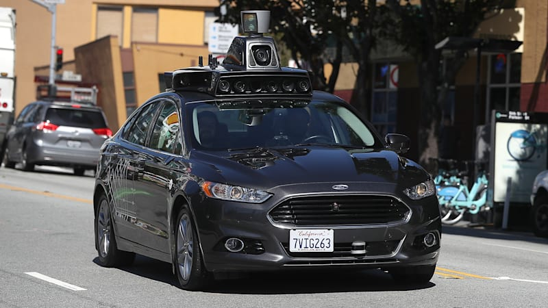 House panel approves broad proposal on self-driving cars