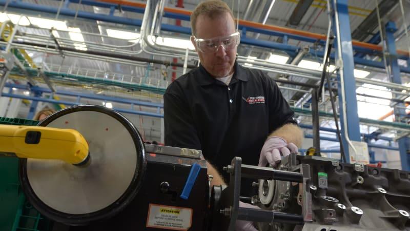 Chevy To Resume Engine Building Program For 2015 Corvette Z06