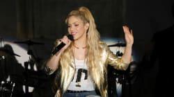 Shakira doit reporter son spectacle à