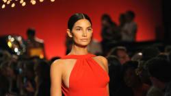 Lily Aldridge modeló con 5 meses de embarazo en New York Fashion