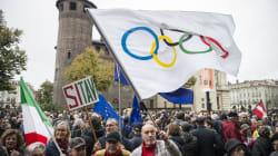 Sì Tav in piazza a Torino, contestati Appendino e M5S. Il 10 novembre si
