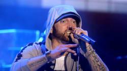 Des faux coups de feu sur scène sèment la panique lors d'un concert