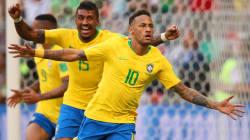 Com gols de Neymar e Firmino, Brasil vence México e vai às quartas de final na Copa da