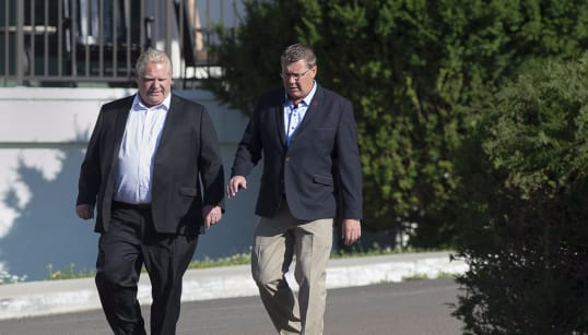 Doug Ford et Scott Moe en campagne contre
