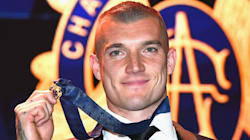 Richmond's Dustin Martin Wins Brownlow Medal With Touching