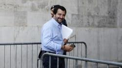Una giornata da poliziotto. Primo vertice di Salvini con l'Intelligence: focus su carceri e 2 mila luoghi