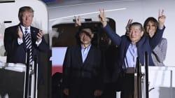 Trump a accueilli les trois prisonniers américains libérés par la Corée du