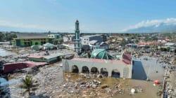 インドネシアの地震、入江のまちを津波が襲う。少なくとも832人が死亡